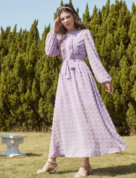 https://fr.shein.com/Swiss-Dot-Bishop-Sleeve-Ruffle-Belted-Dress-p-1878381-cat-1727.html?scici=Search~~EditSearch~~1~~romantique~~~~0~~0